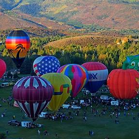 Autumn Aloft Baloon Festival (8 Images)