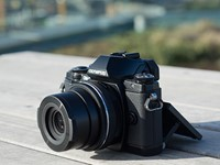 Olympus OM-D E-M10 shooting experience and studio tests published