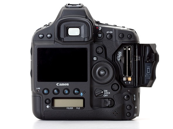 Canon warns against use of SanDisk CFast cards with EOS-1D X Mark II 1