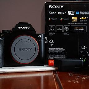 FS: Sony A7 body