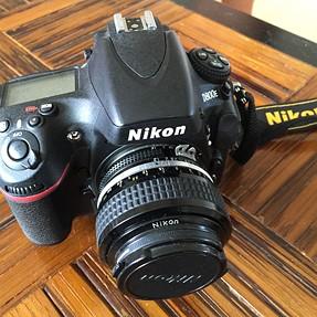Nikon D800E USA refurbished under 6000 clicks $1675+ PP + shipping (SOLD)
