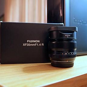 Fuji 35mm 1.4 lens