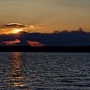 D7200 and Tamron 90mm sunset/landscape - A bit bizarre