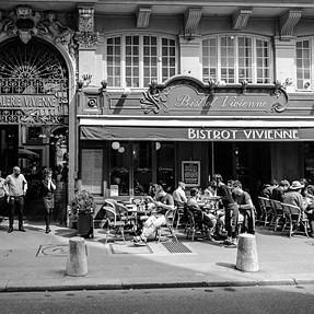 A Parisian walk (Df inside)