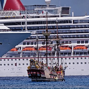 SX50 & Ships, large and small