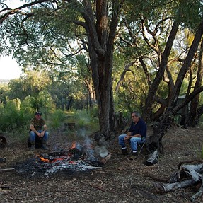 24 hours in the bush Down Under...(10pics)