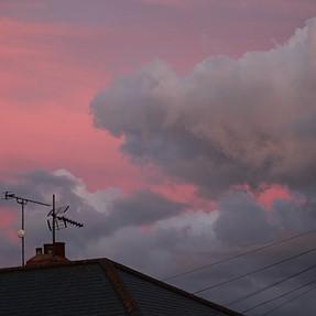 interesting sky tonight..
