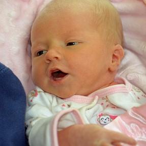 Newborn Infant Pics, C&C Please