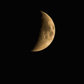 Glowy Waxing Crescent Moon with Tamron 150-600 mm