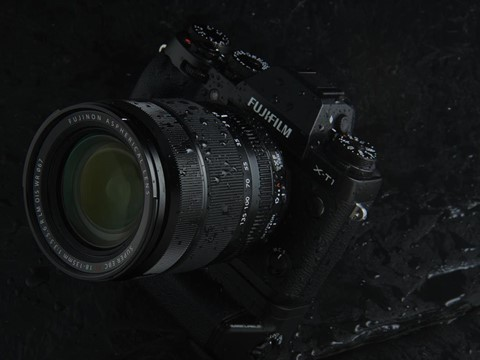 The 18-135mm is weather resistant to match the X-T1